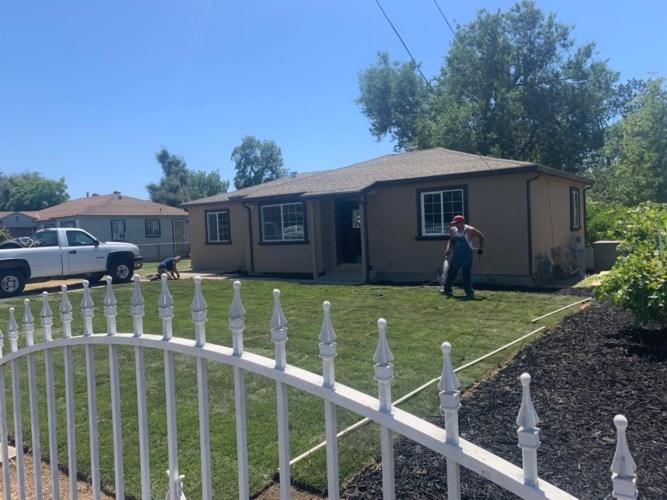 1469 N Newport Avenue, Stockton, CA 95205