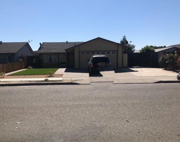 271 Ranchito Drive, Hollister, CA 95023
