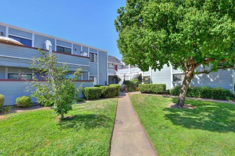 7401 Auburn Oaks Court  #P, Citrus Heights, CA 95621