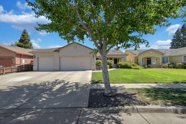1424 Tres Picos Drive, Yuba City, CA 95993