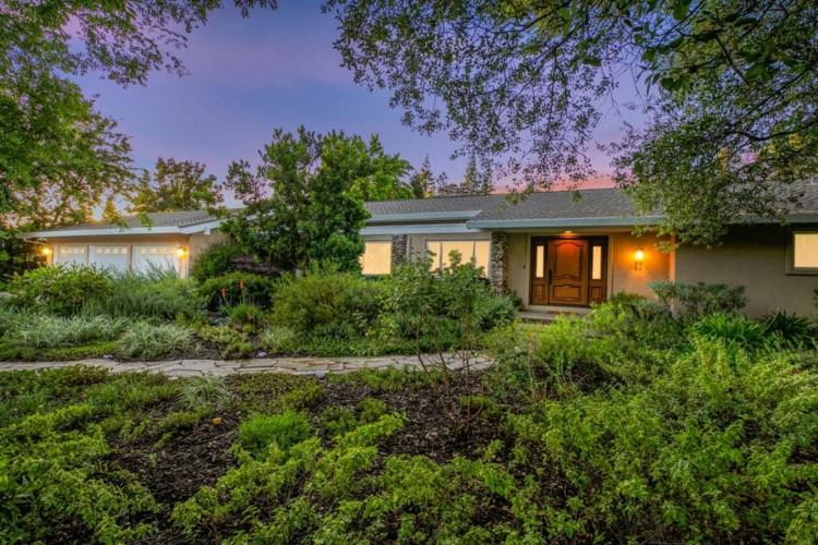 8851 Curragh Downs Drive, Fair Oaks, CA 95628
