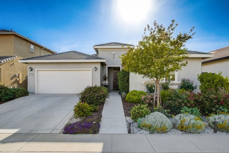 5126 Copper Sunset Way, Rancho Cordova, CA 95742