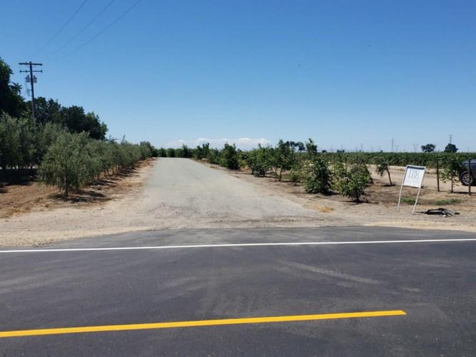 4954 W Peltier Road, Lodi, CA 95242