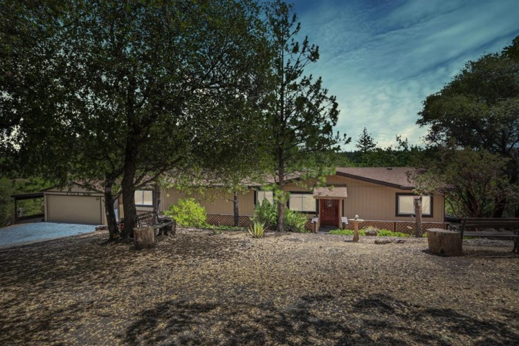 15390 Autumn Drive, Sutter Creek, CA 95685