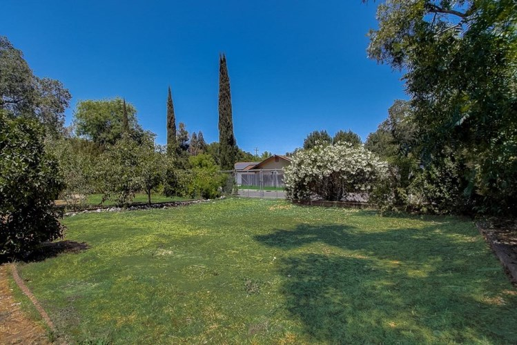 8132 Holly Drive, Citrus Heights, CA 95610