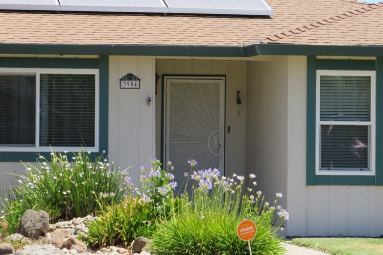 3904 Dragoo Park Drive, Modesto, CA 95356