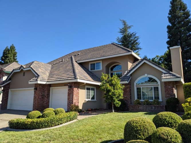 2215 Banbury Circle, Roseville, CA 95661