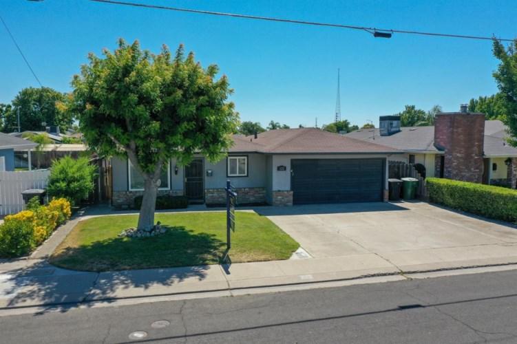 822 Robert Avenue, Ripon, CA 95366