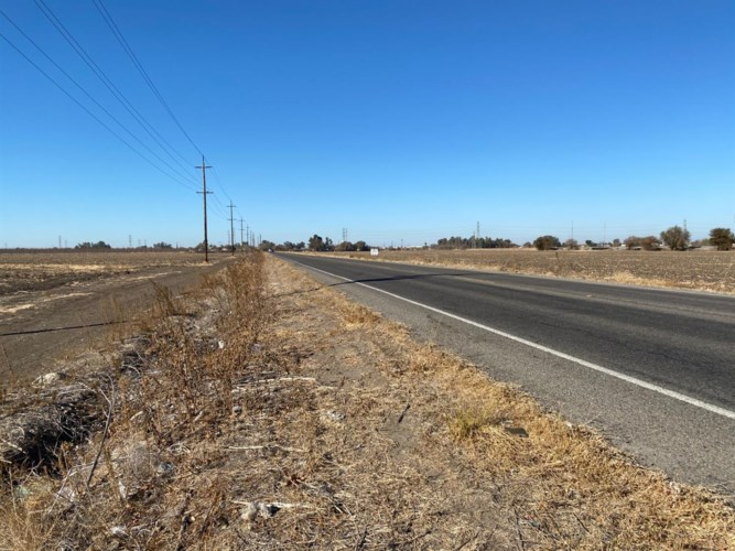 5859 E Mariposa Road, Stockton, CA 95215