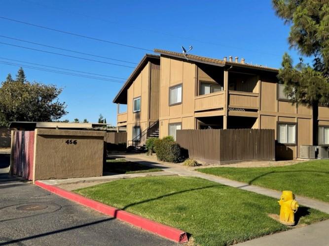 456 Cherry Lane  #D, Manteca, CA 95337
