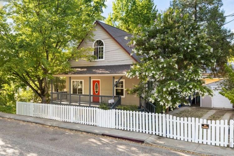 420 Oak Street, Grass Valley, CA 95945