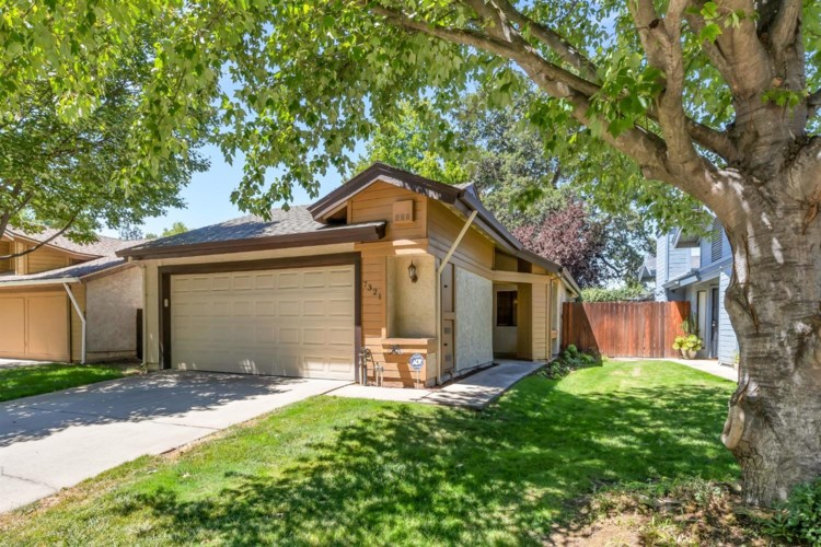7321 Heather Tree Drive, Sacramento, CA 95842