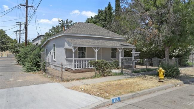 415 K Street, Modesto, CA 95351