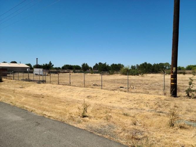 5595 Chestnut Road, Olivehurst, CA 95961