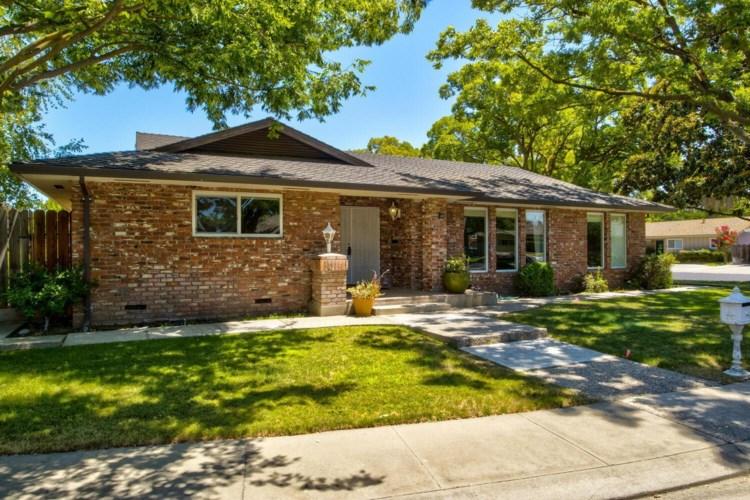 3300 Keswick Lane, Modesto, CA 95350