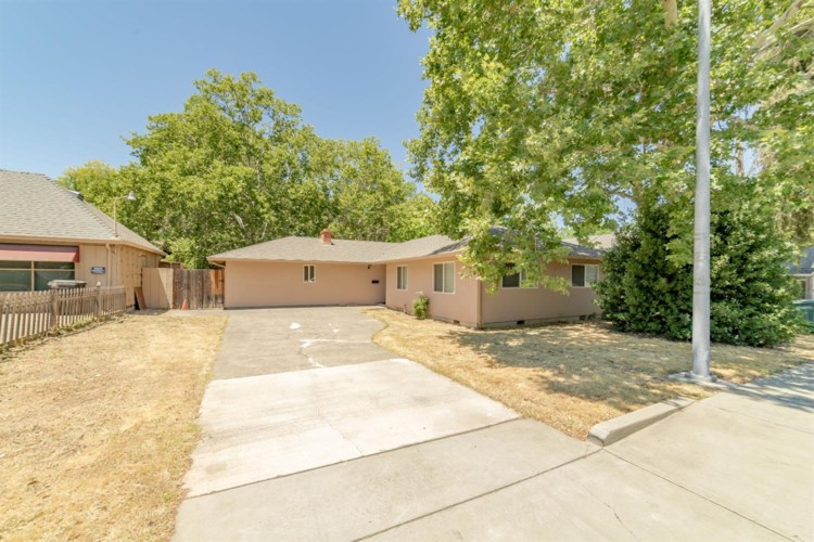 2909 Garfield Avenue, Carmichael, CA 95608