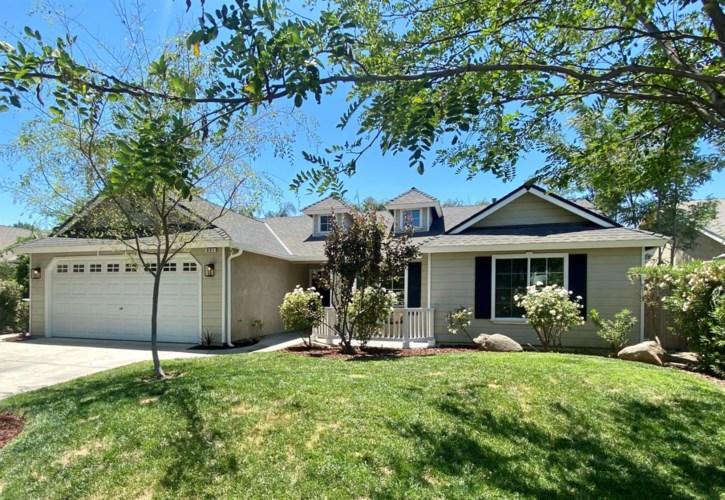 931 W Julia Way, Hanford, CA 93230