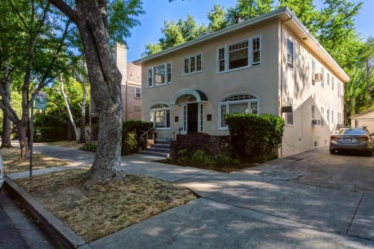 2221 I Street, Sacramento, CA 95816