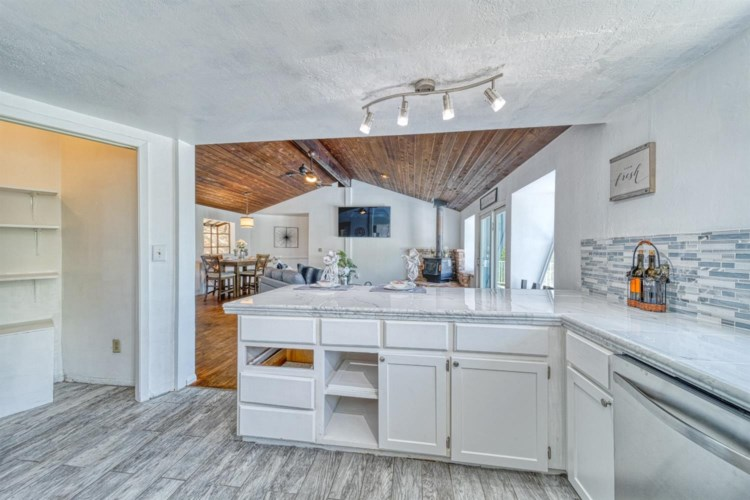 18405 Chaparral Drive, Penn Valley, CA 95946