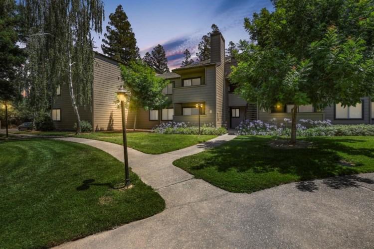 3715 Tallyho Drive  #82, Sacramento, CA 95826