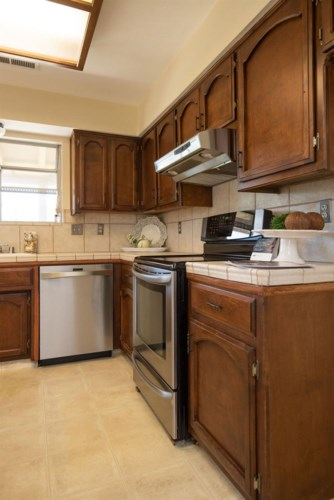 562 Curtis Court, Atwater, CA 95301