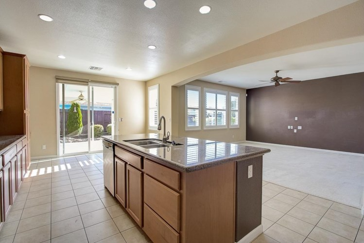 3177 Haywood Place, Roseville, CA 95747