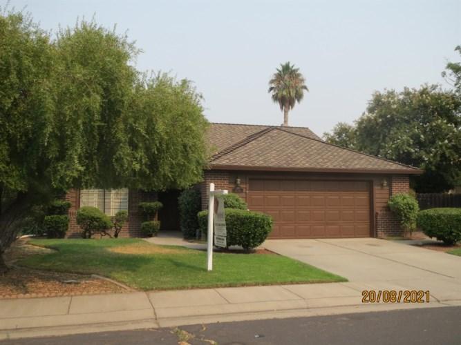 1350 Cory Lane, Manteca, CA 95336