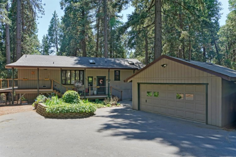3120 Castlewood Circle, Pollock Pines, CA 95726