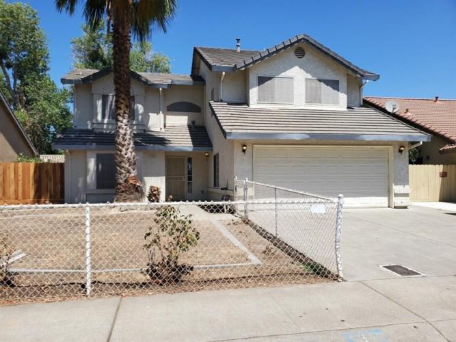 1313 Crater Avenue, Modesto, CA 95351