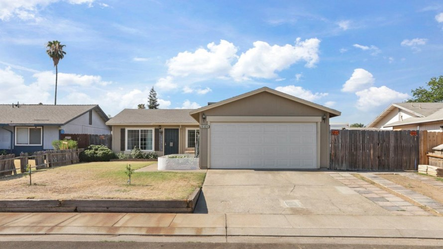 14404 E Parkdale Drive, Lockeford, CA 95237