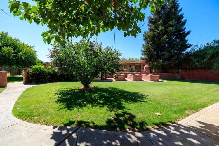 20268 Santa Fe, Escalon, CA 95320
