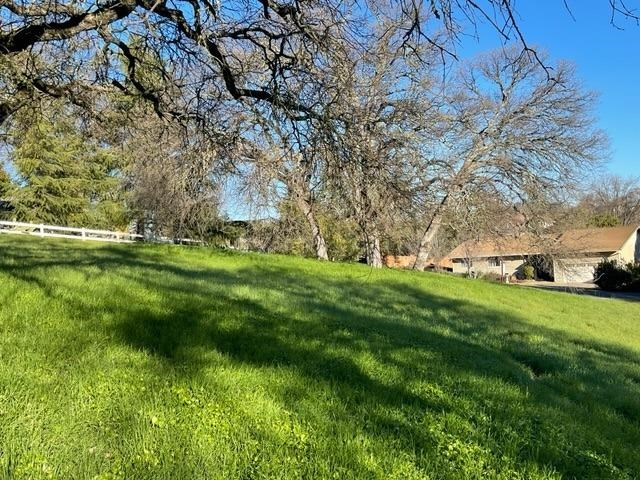2210 Grouse Drive, Valley Springs, CA 95252