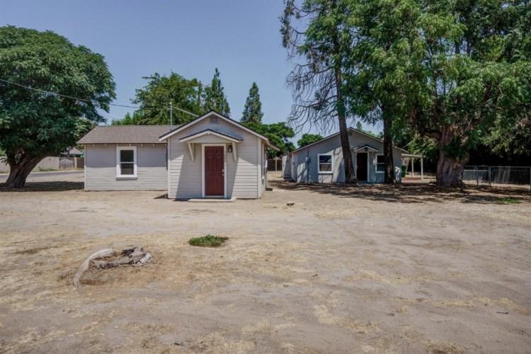 7880 Walnut Avenue, Winton, CA 95388