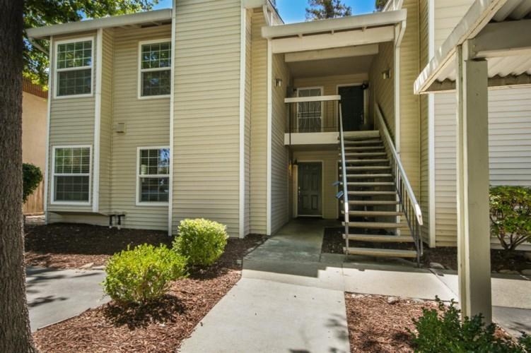 7100 Stella Lane  #1, Carmichael, CA 95608