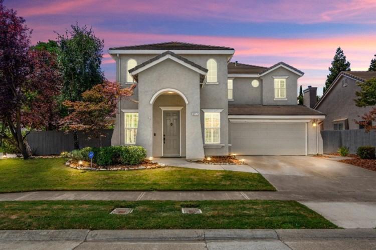 3712 Renwick Avenue, Elk Grove, CA 95758