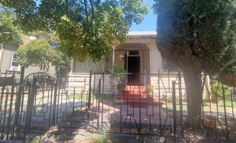 133 W Jefferson Street, Stockton, CA 95206