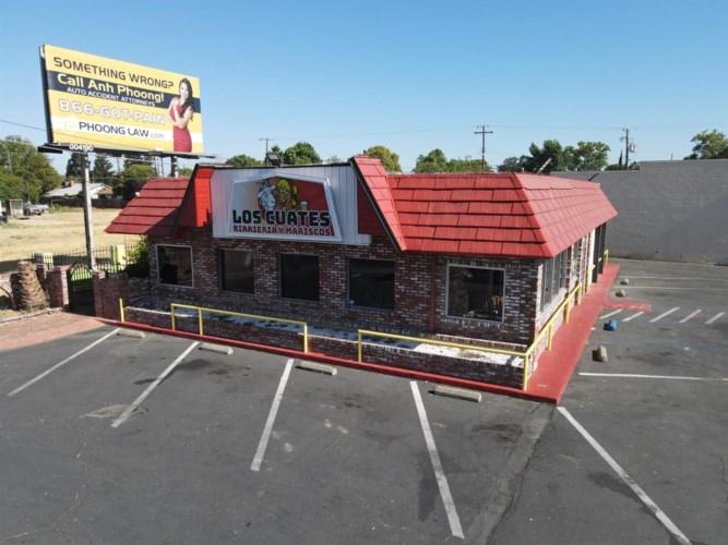 4591 Fruitridge Road, Sacramento, CA 95820