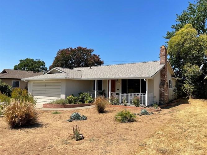 5149 Cabot Circle, Sacramento, CA 95820