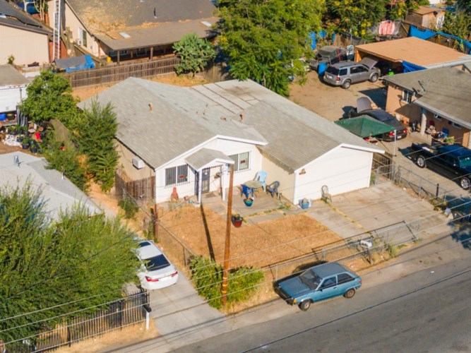 1522 N E Street, Stockton, CA 95205
