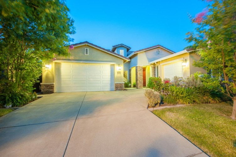 2701 Macon Drive, Sacramento, CA 95835