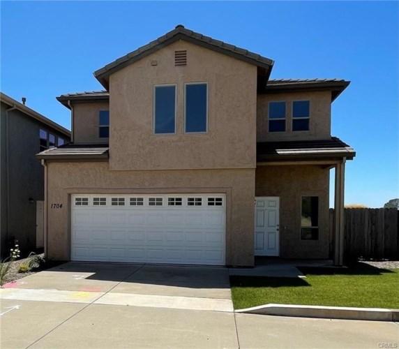 1704 Bluffs Drive, Oroville, CA 95965