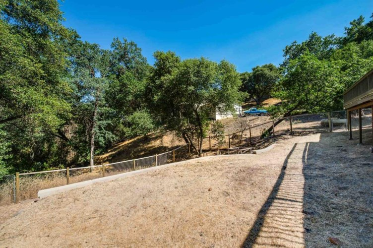 20617 Gopher Drive, Sonora, CA 95370