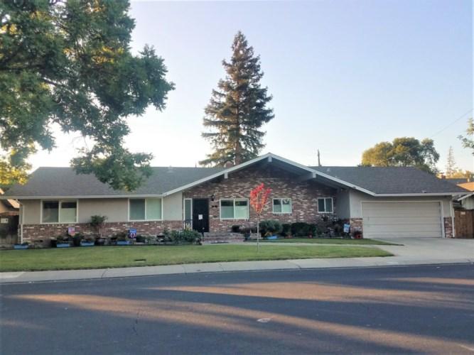 31 W ROBINHOOD Drive, Stockton, CA 95207