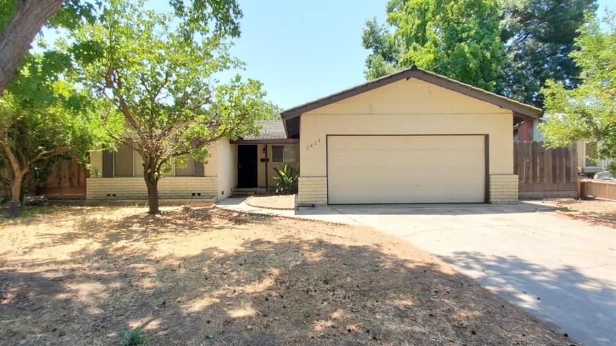 2424 Surrey Avenue, Modesto, CA 95355