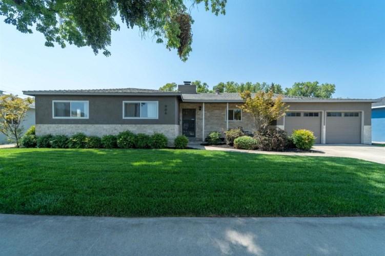 906 W Roseburg Avenue, Modesto, CA 95350