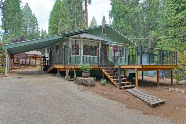2769 Loyal Ln, Pollock Pines, CA 95726