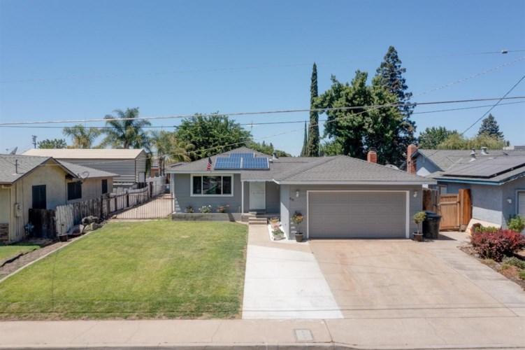 930 E C Street, Oakdale, CA 95361