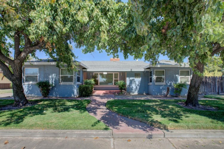 1488 Lander Avenue, Turlock, CA 95380
