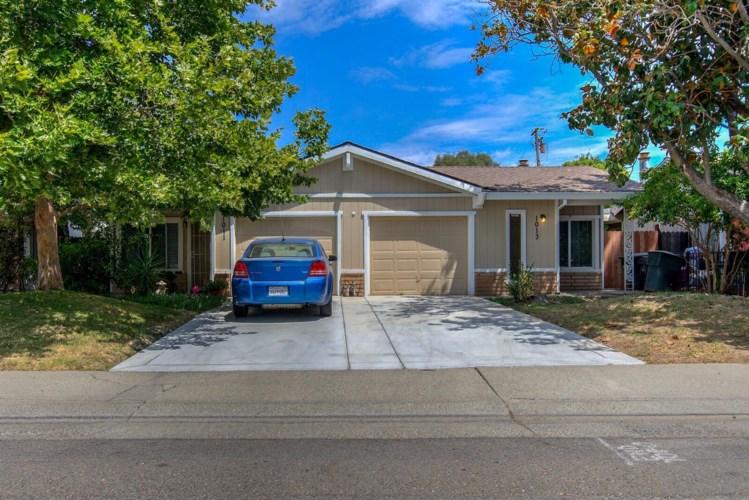 1011 Clinton Road, Sacramento, CA 95825