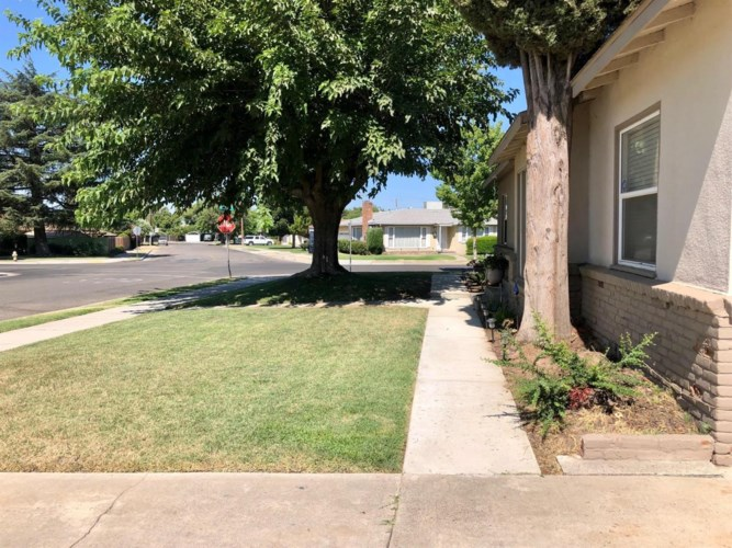 1399 Mulberry Avenue, Atwater, CA 95301